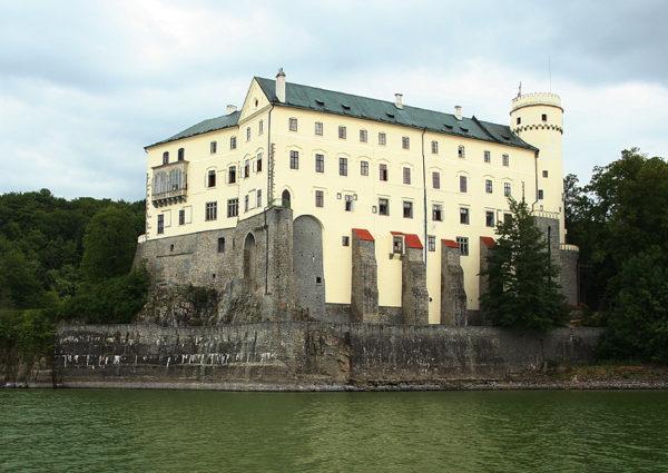 Orlík - Bontour