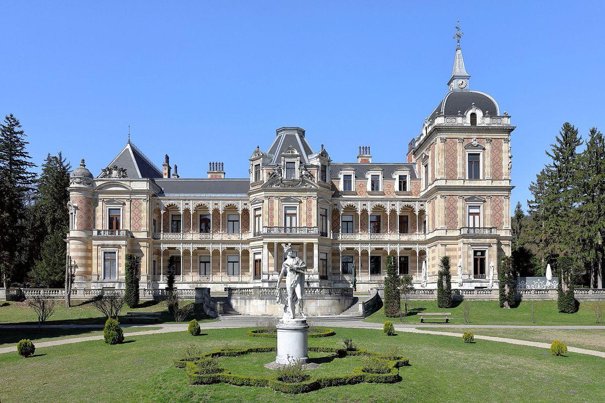 Hermesvilla - Bontour