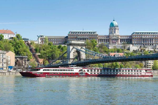 Plavba lodí po Dunaji - Bontour