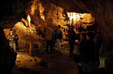 Jeskyně Na Pomezí - Bontour