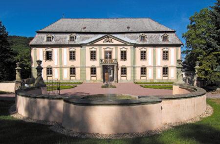 Zámek Potštejn - Bontour